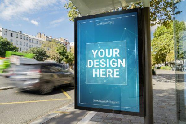 billboard-w-makiecie-przystanku-autobusowego_117023-465